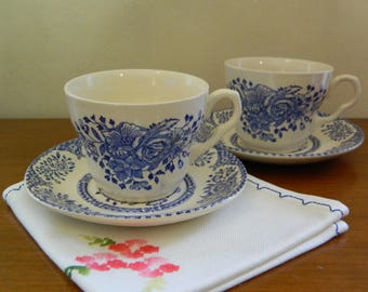 EIT English Ironstone Tableware Staffordshire Blue and White Rose Garlands/Scroll Border Tea Cups/Saucers x 2