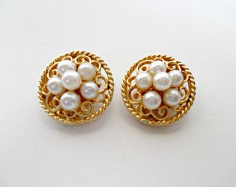 Round Gold Pearl Clip Earrings,Gold Pearl Clip Earrings,Round Gold Pearl Filigree Clip Earring,Pearl Gold Filigre Clip Earrings,Clip Earring