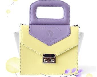 Crossbody Crocus