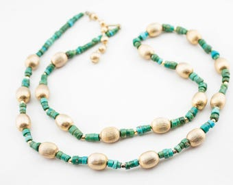 Vintage TRIFARI Signed Gold Tone Metal Green Stone Beaded Necklace 50s