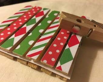 Clothespin Magnets - Happy Holidays