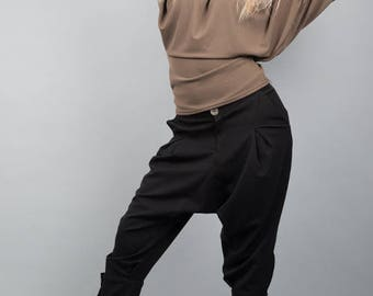 Chic harem pants and stylish black T.36