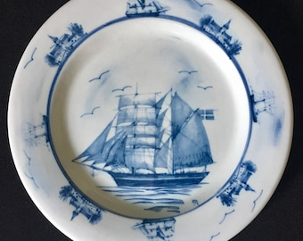"""Rare Vintage Oxney Green Plate Nautical Antique Sailing Ships 10 3/4"""""""