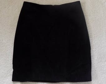 90s Vintage Otello Pelle High Waist Black Leather Skirt