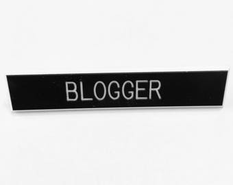 Blogger pin, blog pin, blogger accessories, blog accessory, writer pin
