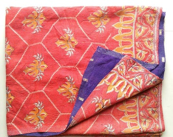 Exquisite Vintage cotton kantha quilt from india/throw/ blanket/ coverlet/ Sari quilt/ Gudri/ bedding/ home decor/ Ready to ship!!