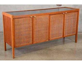 Large Cane Front Credenza by Founders (KLUJ4N)