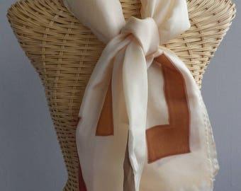 Felted scarf, shawl in silk, hazelnut, geometriques@evysoie patterns