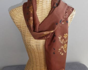 silk scarf, stylized caramel and or@evysoie