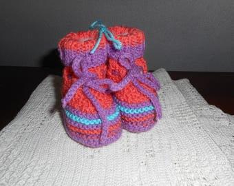 BOOTIES 0-3 month striped apricot