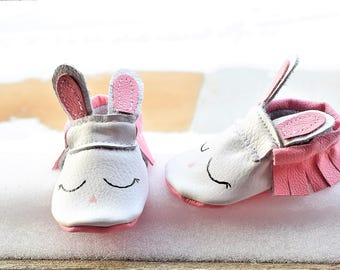 Baby Moccasins, Bunny Baby Moccasins, Pink Bunny Moccasins, Easter Bunny Moccasins