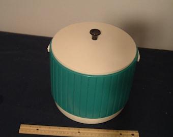 Vintage Mid Century Turquoise Plastic Ice Bucket