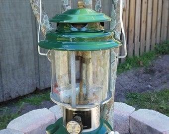 Coleman 220J gas Lantern
