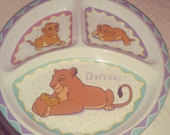 "Vintage 1990s Lion King Simba And Mother sectioned plastic plate 9""×9"""