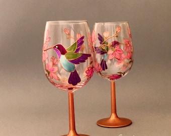 Hummingbird Wine Glasses, Bird Wine Glasses, Hummingbird Gift glasses, Personalised Hummingbird Wine Glass Gift