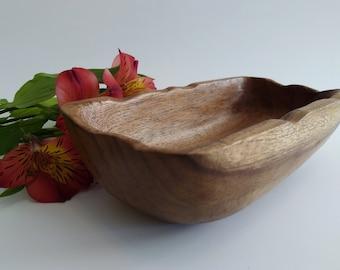 Wooden Black Laurel Bowl. Ecuadorian wood.