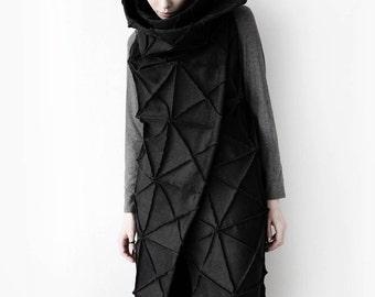 Long geometric vest/ sleeveless jacket