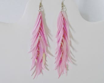 Vintage Dangle Drop Earrings, Pink Plastic Aurora Borealis Feathers, Pierced Earrings, Silver Tone Hook, Never Worn, Circa 1980s, With Box