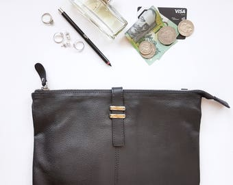 Maxi Pouch - Black Leather