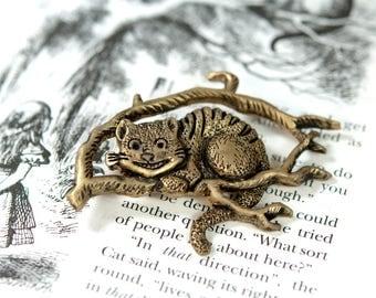 Gold Cheshire Cat Pin, Alice in Wonderland Pin, Alice in Wonderland Brooch, Cheshire Cat Brooch, Cheshire Cat Jewelry, Wonderland Jewelry