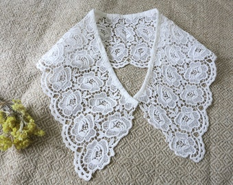 Lace collar, white lace collar, vintage lace collar, costume making, bobbin lace, guipure lace, Made in USSR, Ladies Clothing, craft  sewing