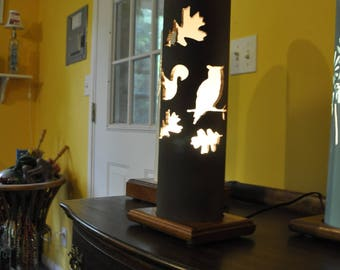 PVC Pipe Accent Lamp Squirrel Owl Leaves Rustic Theme On Mahogany Base with 15W Candelabra Bulb and Thumbwheel Switch