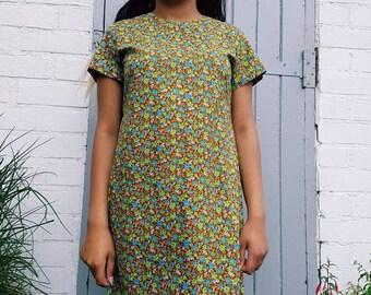 Vintage dress size 12 handmade vintage dress in vip fabric - bold vintage floral print