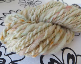 "Handspun wool by hand, wool and glitter of all colors, ""Rainbow eye"""