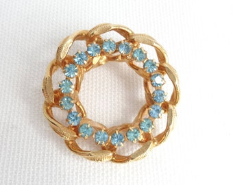 Turquoise Rhinestone & Gold Metal Ribbon Surround Vintage Brooch - Estate Jewelry - Excellent Condition