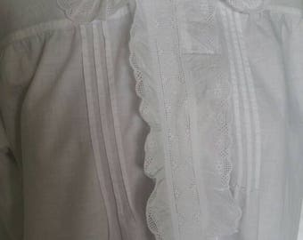 Antique nightgown dove white frilly ruffled collar nightdress detail Medium large size long sleeves white cotton good condition Gloria brand