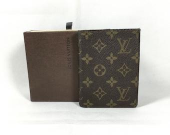 Authentic Louis Vuitton Bifold  wallet. Louis Vuitton wallet. Vintage Louis Vuitton monogram canvas wallet.