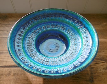 Large vintage Bitossi bowl in Rimini Blue by Aldo Londi 1960s