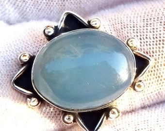 A beautiful blue chalcedony stone ring sterling silver 925.