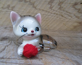 Vintage Cat Figurine Kitschy Ceramic Kitty Kitten with Red Ball of Yarn Big Blue Eyes Stiff Whiskers Japan Art Gift
