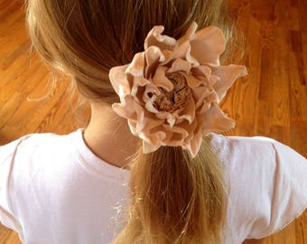 Pink hair flower Wedding hair flower clip Hair band Elastic band Apricot flower Beige flower Ivory flower Hair flower girl Hair ties bows