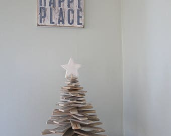 Driftwood decoration etsy for Hanging driftwood christmas tree