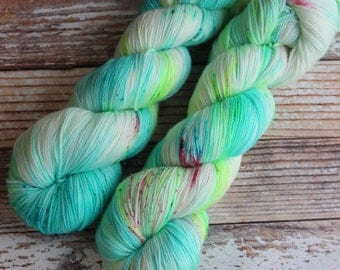 Ines - Illuminate - Hand Dyed Yarn - 100% Super Wash Merino