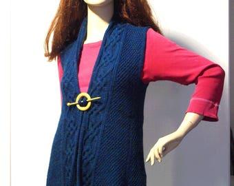 Celtic sleeveless vest