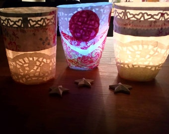 SET OF 3 COLORED  tealight holders : 5 euros