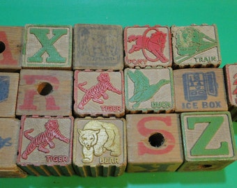 "16 Vintage Toy Wood Wooden Blocks Toy Blocks - Letters Scenes Animals - 1 1/2"" - Nice Find!"