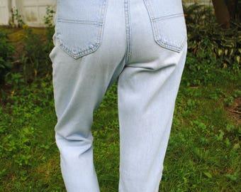 Vintage High Waist Jeans, 80s, 90s, Womens Jeans, Light Wash, High Waist, Riders, Mom Jeans, Size Medium, Short/Petite, The Plaid Panda