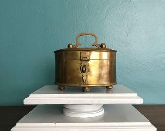 Vintage Round Brass Box. Vintage Brass Trinket Box. Lidded Brass Box with Feet. Brass Box with Latch. Round Brass Trinket Box. Brass Box