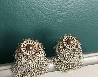 Retro Bridal Earrings. Large Flower Earrings. Big Vintage Earrings. Mid Century Earrings. Vintage Dangle Earrings. Retro White Earrings