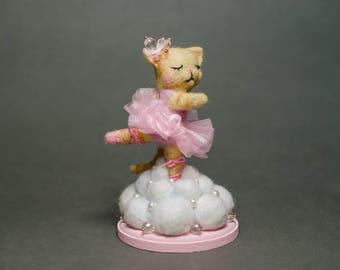 Bellerina kitty neddle felted doll
