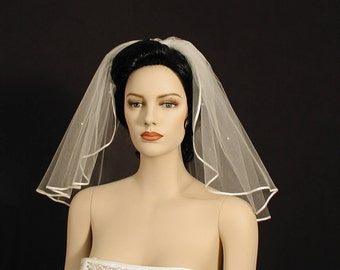 "Scattered Pearls 18"" Flyaway Wedding Veil with 1/8"" Satin Ribbon Edge"