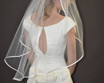 "34"" Hip Length Veil with 1/4"" Folded Satin Ribbon Edge"