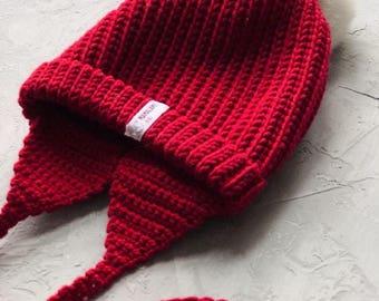 Red Baby merino hat Organic baby clothes Baby reveal box Organic newborn hat Knit earflap hat Merino wool baby hat Woolen hat Crochet ear