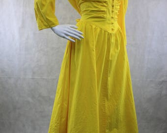 Shirtwaist Yellow Dress 1980's | Size L-XL | Made in USA | Pockets | Princess Office Dress | Fairy Tale Dress | Modern Belle | Hipster Belle