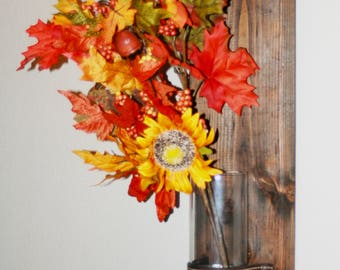 Rustic Farmhouse Wall Sconce - Festive Decoration