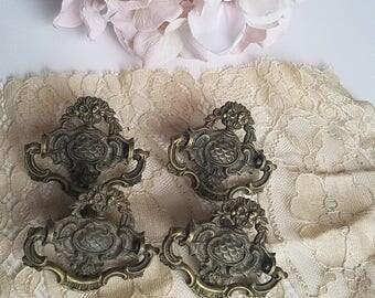 Vintage Chic, Drawer Pull, Furniture handles, Ornate Decorative Pulls, Hardware, Brass Knobs